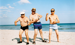 Top 10 Health New Year's Resolutions for Older Adults - Hart Heritage