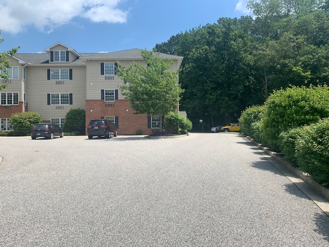 Assisted Living Facility in Forest Hill